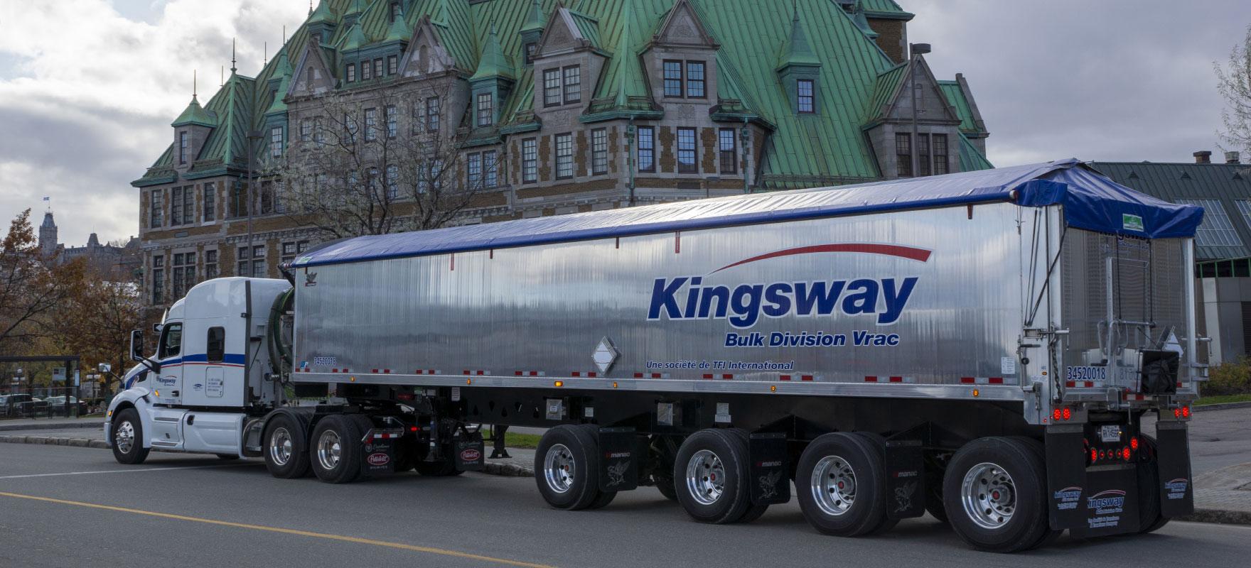Transport de produits en vrac sec par benne basculante